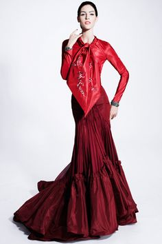 Zac Posen Pre-Fall 2012 Collection Slideshow on Style.com