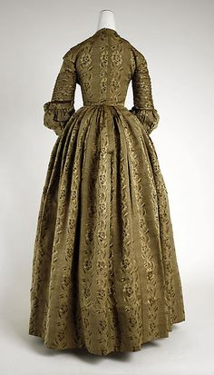 Dress (image 2)   American   1838   silk   Metropolitan Museum of Art   Accession #: C.I.68.54.1