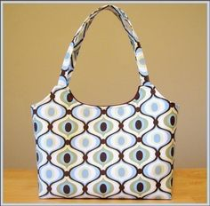 Simple chic tote pattern