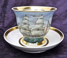 Wertvolle Sammeltasse, Segelschiff/Golddekor, handgemalt, H. Bötel Porzellan.(B)