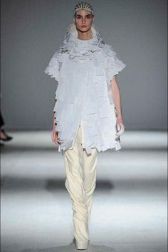 Dying for this jacket by Gareth Pugh #istyleny #style #pfw