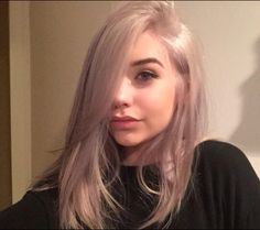 Amanda Steele's new hair is beyond fabulous Pretty Hair Color, Hair Color And Cut, Bad Hair, Hair Day, Silver Hair, Gorgeous Hair, Pink Hair, Pretty Hairstyles, Hair Inspiration