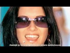 Las Ketchup - The Ketchup Song (Asereje) (Spanglish Version) (Official Video) One of the songs we used to dance to in the clubs in Germany Ricky Martin, Music Mix, My Music, Las Ketchup, Pop Albums, Song Play, Saturday Night Live, Me Me Me Song, Female Singers