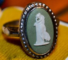 eautiful Silver Mounted Wedgwood Cameo Ring in a Box. This ring is Made in England, is in a very good condition and comes as seen in the pictures.
