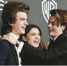 Imagem de stranger things, charlie heaton, and natalia dyer