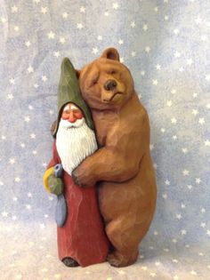 Bear hugging Santa, Hand carved by Susan M. Smith by SAburns Noel Christmas, Christmas Ornaments, Wood Craft Patterns, Whittling Wood, Art Carved, Carved Wood, Chip Carving, Pet Birds, Wood Crafts