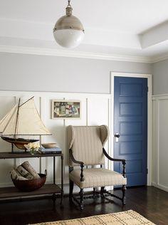 Royal blue door comb