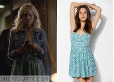 Caroline Forbes (Candice Accola) wears this strapless floral-print dress in this week's episode of The Vampire Diaries. It is the Pins and Needles Strapless Knit Fit + Flare Dress. Unfortunately it is unavailable