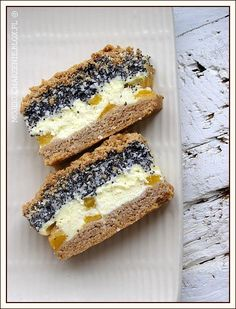 Cheesecake with Poppy Seeds, Coconut and Peaches Polish Desserts, Polish Recipes, Hungarian Cake, Eastern European Recipes, Wedding Desserts, Homemade Cakes, Sweet Recipes, Holiday Recipes, Sweet Tooth