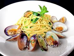 Pasta with Clams, Courgettes, Mint and White Pepper.