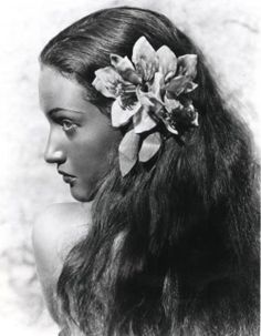 Dorothy Lamour, publicity shot for The Hurricane (John Ford, 1937)
