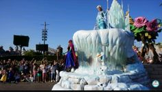 Parade a Disney la reine des neiges❄❤💍