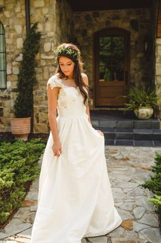 Gown by Heidi Elnora | photography by http://spindlephotography.com