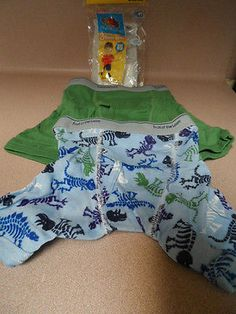 BOYS BOXERS, 4 TODDLER, FRUIT OF THE LOOM, 2 PAIRS, NEW IN PACKAGE.