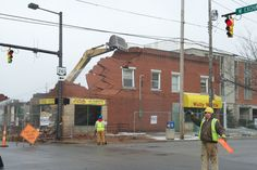 Built in 1914, the Hallinan Building was demolished on March 2, 2013, to make way for the new critical care tower at the downtown campus of Akron Children's Hospital. It is the first of several buildings that will be razed in the next two months. Watch the video of the demolition.