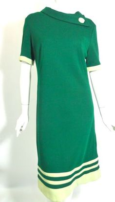 Shamrock green knit wool 60s shift dress
