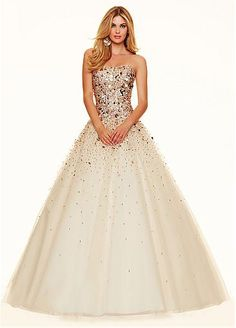 Fabulous Tulle Strapless Neckline Ball Gown Quinceanera Dresses With Sequins