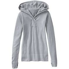 Woodridge Hoodie - The perfect pullover to slip on when trekking home from the gym or the trails that covers you in merino wool warmth.