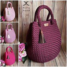 Crochet handbags 564990715755800606 - Pink shades in bags… ❤ Source by lescahiersdepat Free Crochet Bag, Crochet Tote, Crochet Handbags, Crochet Purses, Easy Crochet, Knit Crochet, Lv Handbags, Crotchet Bags, Knitted Bags