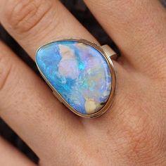 Boulder opal beauty @voiagejewelry #jamiejosephjewelry #handmade #everydayjewelry #jjpowerring #repost