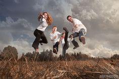 fun family photo ideas | Family Portrait Fun