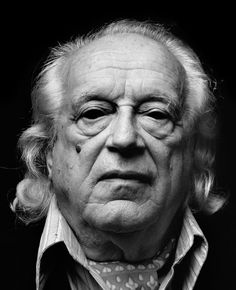 Rafael Alberti - Spanish poet, a member of the Generation of He is considered one of the greatest literary figures of the so-called Silver Age of Spanish Literature. Photo by Alberto Schommer Portrait Photography Men, Love Photography, Astronomy Pictures, Deep Thinking, Beach Images, Face Reference, Beautiful Mind, Lee Jeffries, Famous People