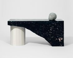 New Black Hollow Occasionnal Table by Andréasson & Leibel Design composite plaster | marble effect | table | furniture design | marble table | black and white furniture | Andréasson & Leibel | Swedish design | Swedish designers | London Design Festival 2017 | London Design Week 2017 | design | occasionnal table