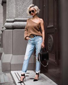 Micah Gianneli - My kinda casual Knit @lpathelabel & jeans @loversfriendsla via @revolve // Belt @gucci // Bag @chanelofficial // Heels @mode_collective ✨✨