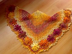 Ravelry: Flower Power Shawl pattern by Ekin Deniz - tutorial PDF in Turkish, though with clear pictures