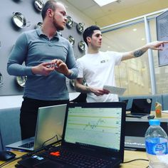 Students that took a our course a few weeks ago and already seeing the market in a whole different perspective was great working with you guys and all the best with your futures FX Signals Clients ROI/month) forex Forex Trading Software, Forex Trading Basics, Learn Forex Trading, Global Stock Market, Crypto Money, Global Stocks, Different Perspectives, Online Trading, Financial Markets
