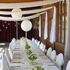Přírodní svatba - Pavilon Grébovka - svatebnívýzdoba.cz Wedding Decorations, Table Decorations, Our Wedding Day, Champagne, Table Settings, Curtains, Living Room, Furniture, Home Decor