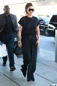 Rihanna Wore a Pants-less Outfit and It Heels to the Airport Work Rihanna, Rihanna Looks, Rihanna Style, Rihanna Riri, Latest Outfits, Stylish Outfits, Fashion Outfits, Travel Outfits, Fashion Styles