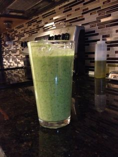 Green coconut protein shake from JJ Virgin recipe book, yumm! Shake Recipes, Diet Recipes, Healthy Recipes, Recipies, Coconut Protein, Vegan Protein Powder, Jj Virgin Diet, Juice Smoothie, Smoothies