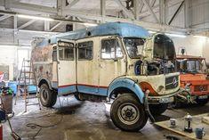 Various expedition vans that I've found Overland Truck, Overland Trailer, Expedition Vehicle, Mercedes Benz Camper, Mercedes Van, New Trucks, Cool Trucks, Truck Camper, Offroad Camper