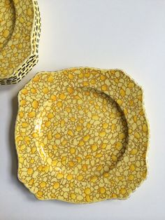 Vintage Royal Winton Grimwades Yellow Pebbles Luncheon Plates | allover pattern, shades of yellow w/ black rim | set of 6 | Made in England from ShopTheHyphenate
