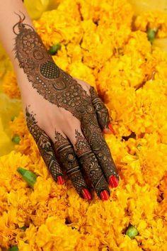 Kashee's Mehndi Designs, Arabian Mehndi Design, Stylish Mehndi Designs, Mehndi Design Pictures, Mehndi Designs For Girls, Wedding Mehndi Designs, Beautiful Henna Designs, Henna Tattoo Designs, Engagement Mehndi Designs