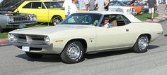"""Sand pebble Beige"" 1970 Chrysler Plymouth Barracuda"