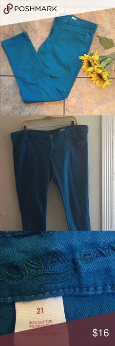 🅿️ Turquoise Skinny Jeans Plus size 19 Super Cute turquoise skinny jeans. Arizona Jean Company Jeans Skinny