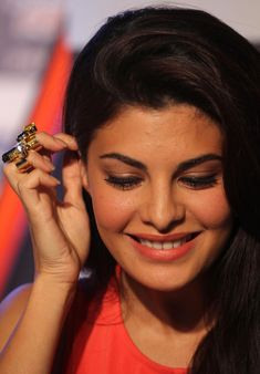 'Brothers' actress Jacqueline Fernandez at launch of Gillette New Range in Photos - HD Photos