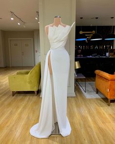 White Long Prom Dress With Split CR 7875 - Abschlussball Kleider Glam Dresses, Event Dresses, Pretty Dresses, Fashion Dresses, Formal Dresses, Wedding Dresses, White Prom Dresses, Bridesmaid Gowns, White Gowns