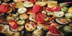 Благодаря нежному маринаду, запеченные овощи никого не оставят равнодушным Очень часто готовлю на ужин это блюдо, в летнее время!