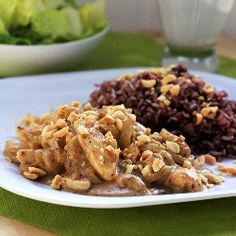 Thai Chicken with Peanut Sauce and Bananas