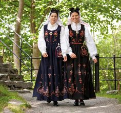 Sunnmørsbunad Sykkylven 1 and 2 Traditional Outfits, Face And Body, Norway, Bohemian, Costumes, People, Clothes, Dresses, Ideas
