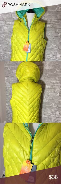 NEW Outdoor Vest Coat New With $70.00 Tags is TEK GEAR Outdoor Vest Coat. Color is Polar Lime with Turquoise Lining and Zipper. Front Pockets and Detachable Hood. Perfect! Buy with Confidence. Tek Gear Jackets & Coats