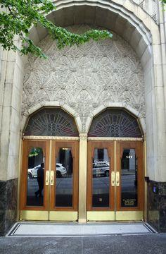 Exchange Building, Seattle, Washington www.stephentravels.com/top5/entryways