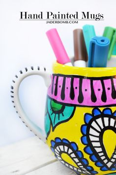 How to paint mugs by MichaelsMakers Jaderbomb