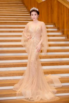 Korean Fashion Dress, Fashion Dresses, Sexy Gown, Fairytale Dress, Luxury Dress, Western Dresses, Beautiful Gowns, Bridal Dresses, Nice Dresses