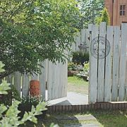 Privacy Screens, Fences, House Ideas, Gardens, Exterior, Outdoor Structures, Windows, Doors, Kitchen