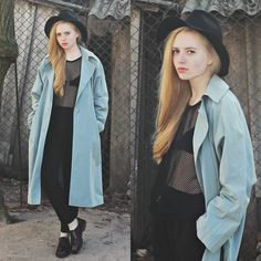 via LookBook Casual Outfits, Fashion Outfits, Womens Fashion, Fashion Trends, Long Trench Coat, Cloak, Mix Match, Style Me, Raincoat