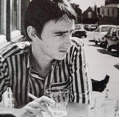 The Style Council, Paul Weller, Wall Photos, Boys Who, Rock And Roll, The Man, Hair Ideas, Bond, Black And White